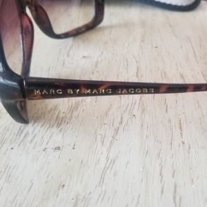 Marc Jacobs Accessories - Womens authentic Marc Jacobs Sunglasses